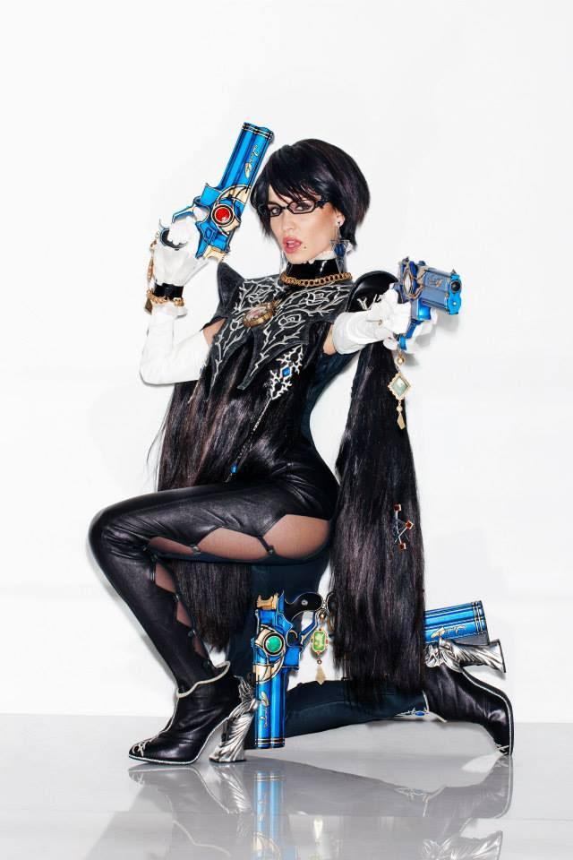 Bayonetta-2-cosplay-(4)