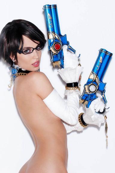 Bayonetta-2-cosplay-(9)