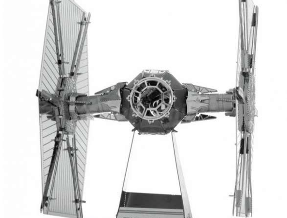 Star Wars Tie Fighter model