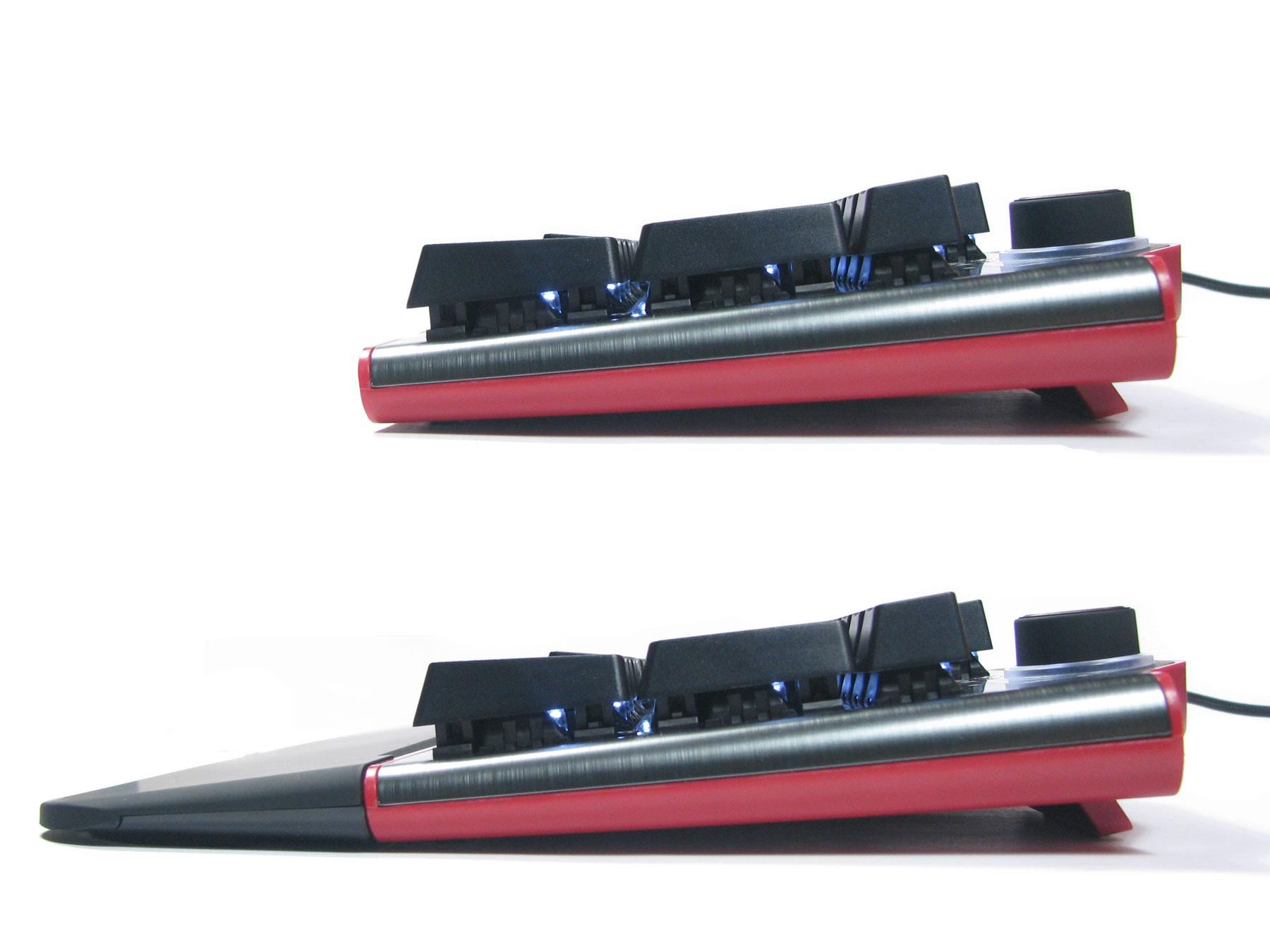 Natec Genesis RX85 - podkładka + rozłożone nóżki uprzyjemniają granie.