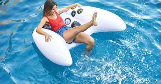 Dmuchany pad Xbox One, czyli idealny gadżet dla gracza na plażę