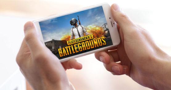 PUBG Mobile – poradnik jak pobrać za darmo na telefon i konfrontacja z wersją Xbox One X