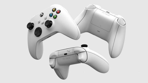 Xbox - trzy białe kontrolery