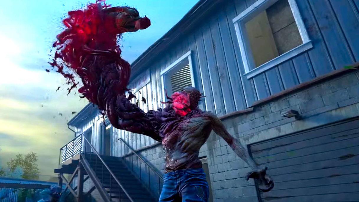 Back 4 Blood - zombie chwyta swoją ofiarę