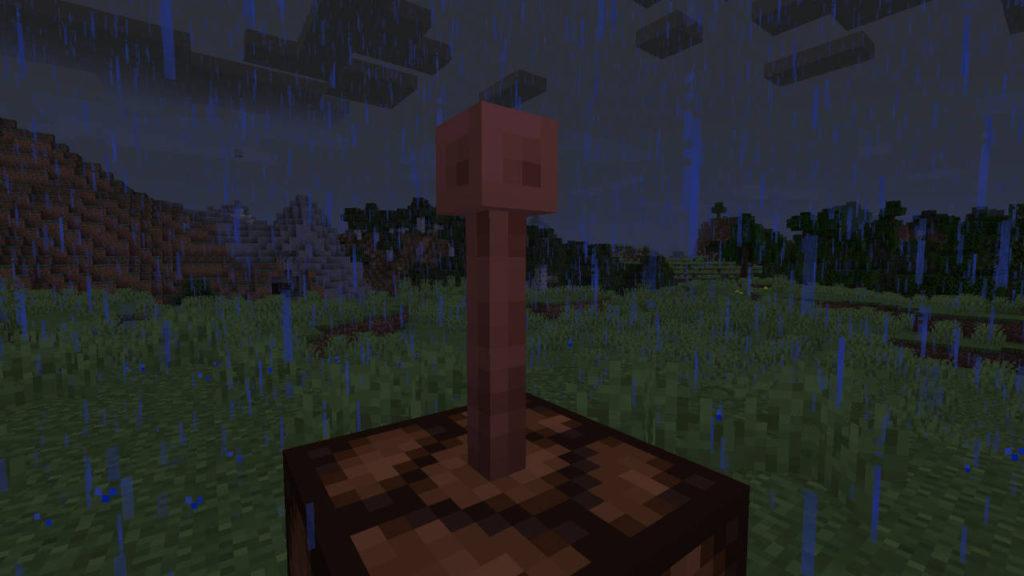 Miedź w Minecraft - piorunochron postawiony na lampie