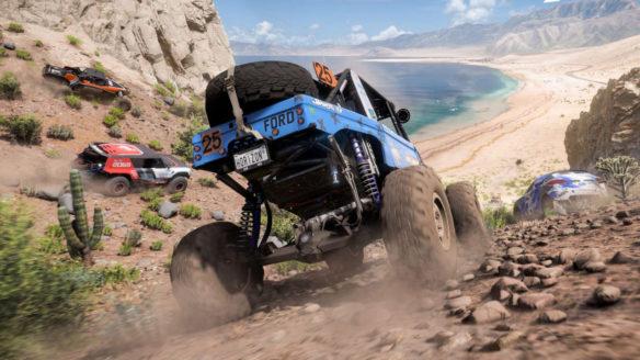 samochody ścigają się po pustyni w Forza Horizon 5