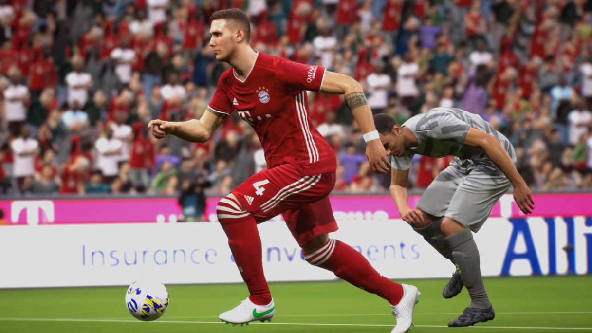 PES - eFootball - piłkarze biegną za piłką