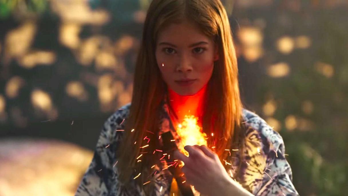 Wiedźmin Pogromca Potworów - kobieta używa Igni