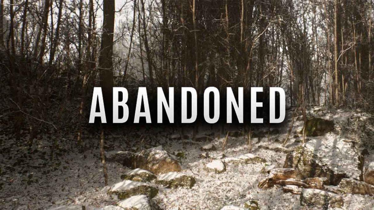 Abandoned - logo gry i zrzut ekranu