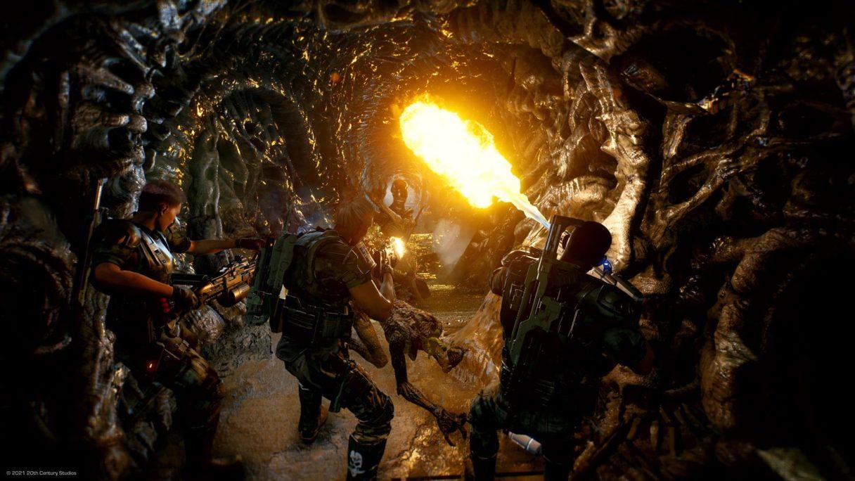 grupa marines walczy z obcymi w Aliens Fireteam Elite