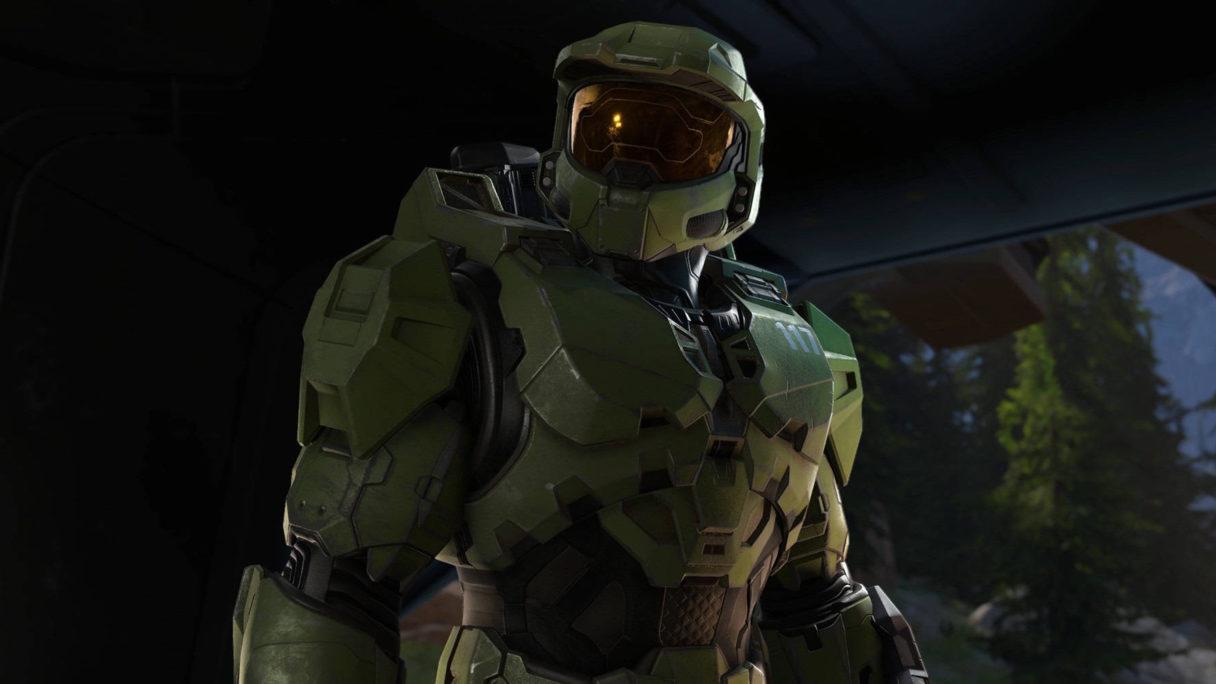 Żołnierz w zielonej zbroi stoi pewnie