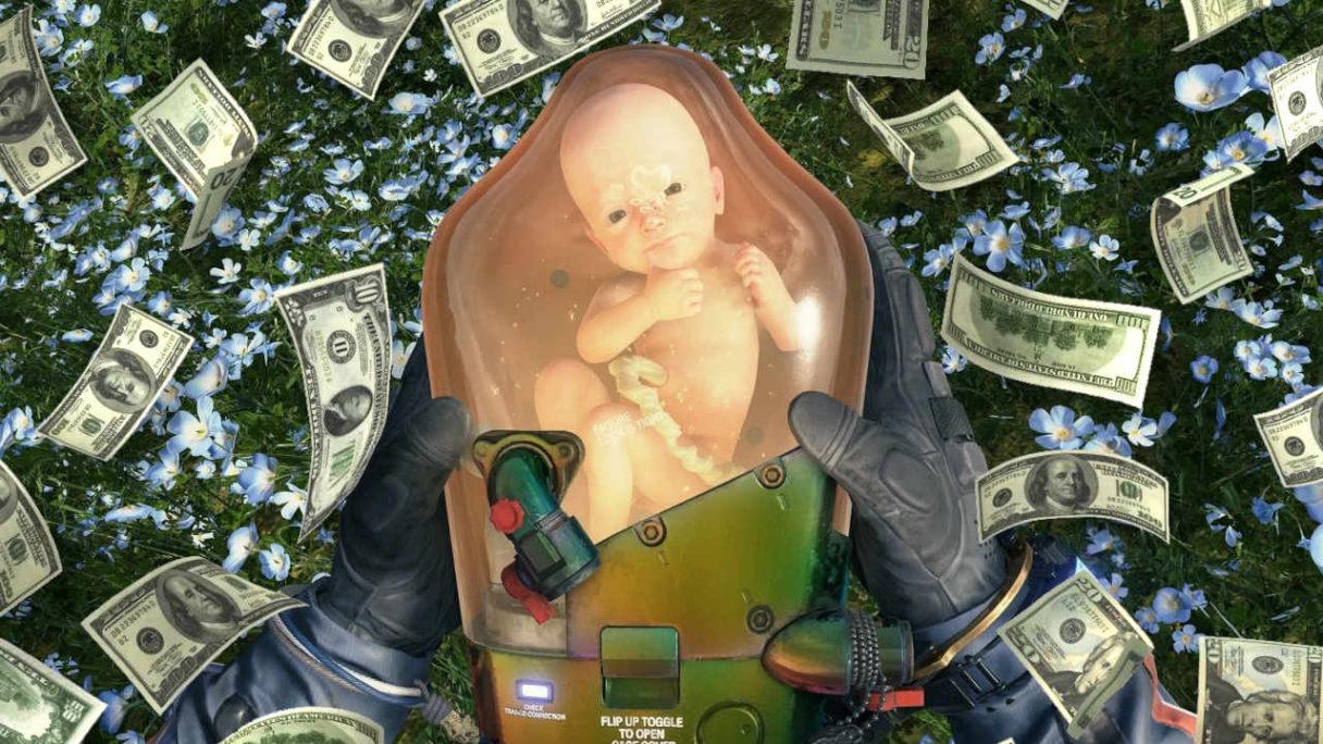 Gry wideo - Death Stranding - bobas z gry trzymany w kapsule w rękach głównego bohatera, wokół deszcz banknotów