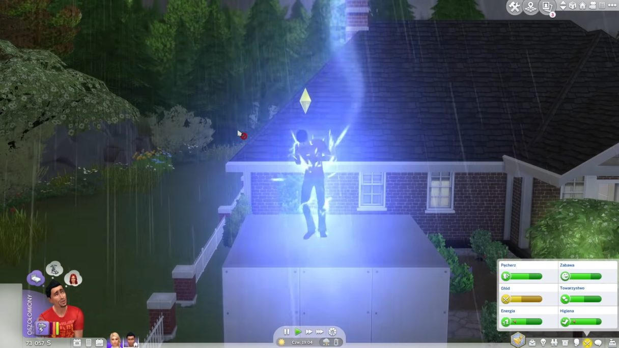 The Sims 4 piorun